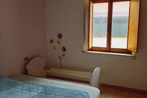 32-2011-Seconda-camera-da-letto